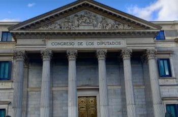 Fachada principal del Congreso de los Diputados en Madrid.