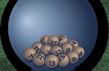 Bolas de lotería en una esfera.