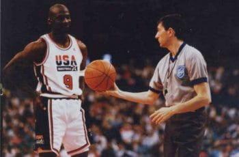 Michael Jordan jugando para el Dream Team en los juegos olímpicos de Barcelona '92.