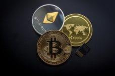 Criptomonedas bitcoin, ethereum y ripple.