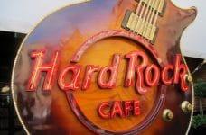 Guitarra decorativa del Hard Rock Cafe.
