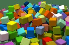 Montón de cubos de colores.