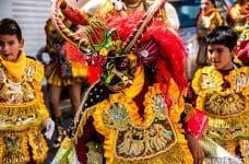 Vestidos de carnaval en Bolivia.