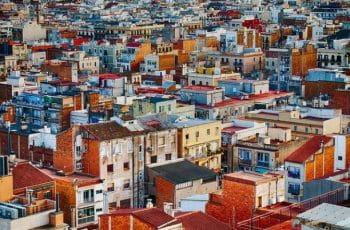 Barrio popular en una ciudad española.