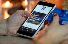 Teléfono móvil y comercio digital.