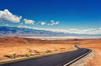 Carretera en el Valle de la Muerte, Las Vegas.
